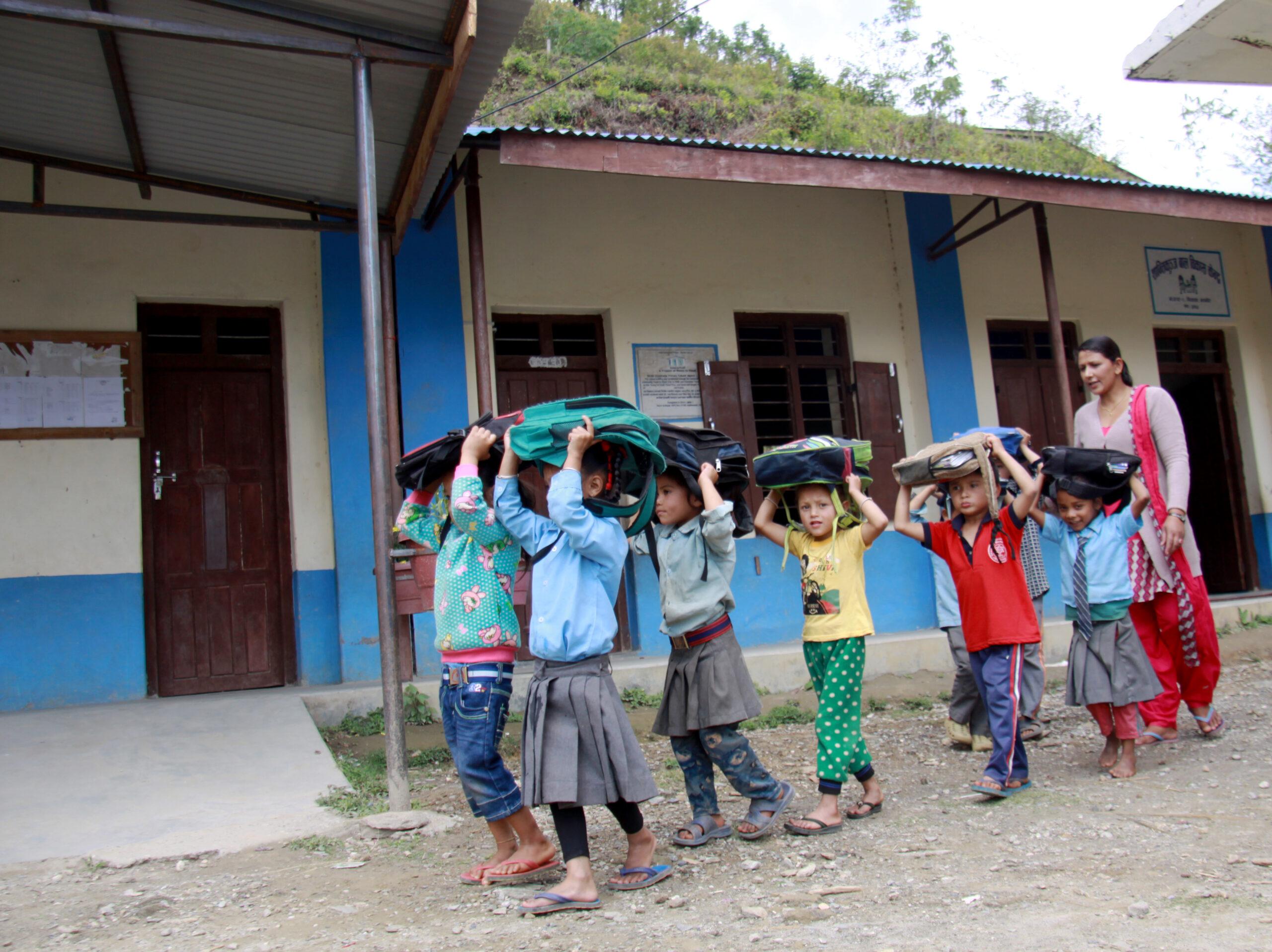 GNO0482_Lernen_Plan International_Bild stammt aus einem ähnlichen Plan-Projekt in Nepal_Bild2